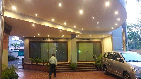 Hotels Near Kadavanthra Cochin
