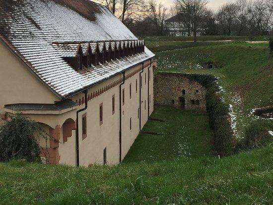 Ruesselsheim, ألمانيا: Festung Rüsselsheim
