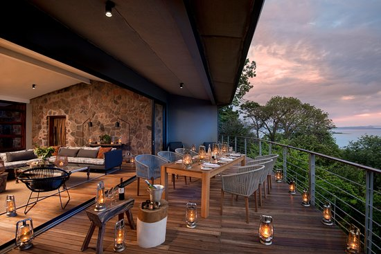 Kariba, Zimbabwe: Baobab Villa- a private double suite and lounge and deck