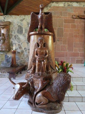 Taiohae, بولينيزيا الفرنسية: Notre Dame Cathedral pulpit