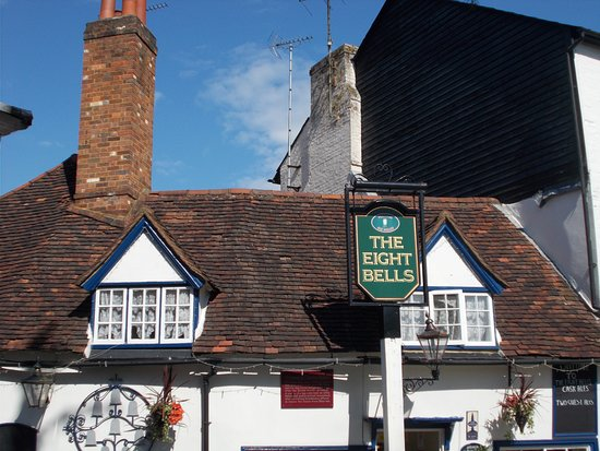 The Eight Bells: Facade