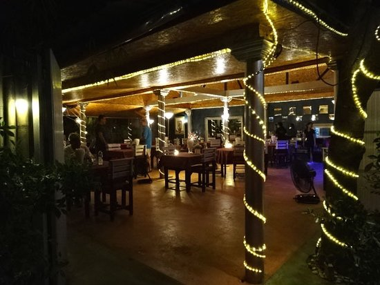 Norbu's Steakhouse: Entrence of Norbut's steakhouse