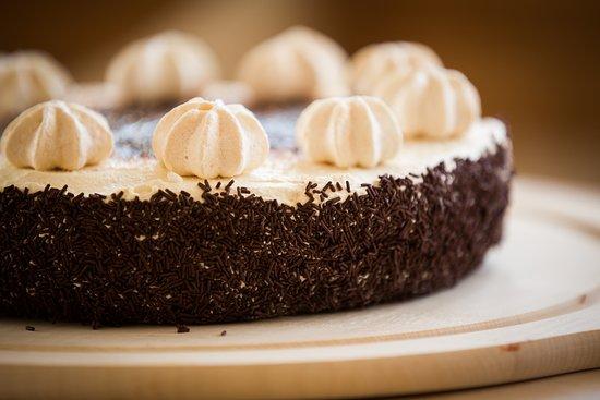 St. Antonien, สวิตเซอร์แลนด์: Dessert - immer selbstgemacht oder aus St.Antönien