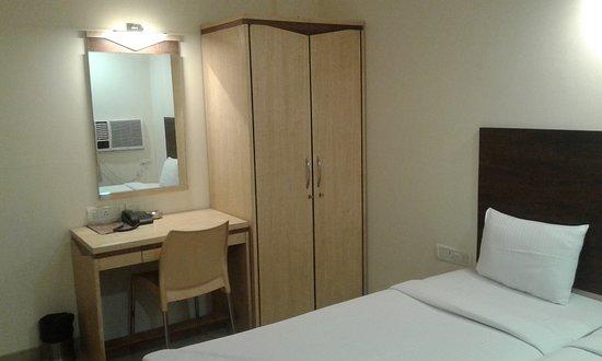 Interior - Picture of Hotel Konark Inn, Navi Mumbai - Tripadvisor