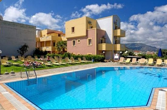 Frixos hotel apartments now 31 was 6 4 updated for Specialty hotels