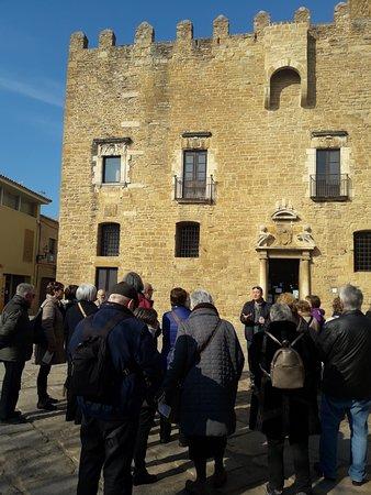 la Bisbal d'Emporda, Spain: Visita guiada al castillo