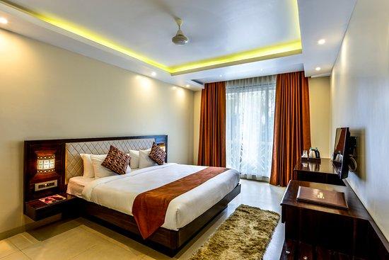 Hotel Golden Plateau