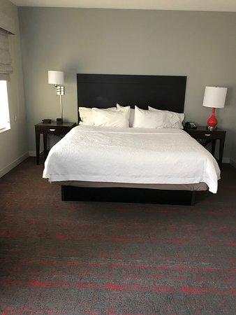 Hampton Inn & Suites Phoenix Glendale - Westgate Picture