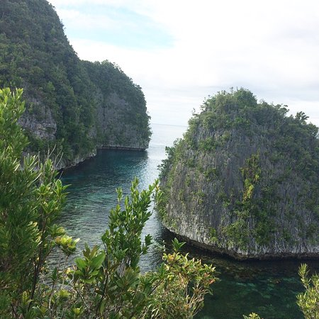 Dinagat islands are gems waiting to be conquer, so many islets and beautiful white sand beaches,