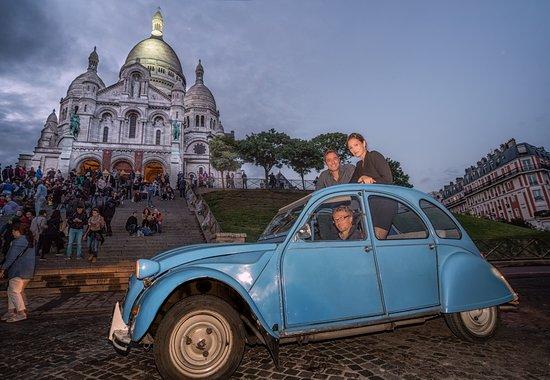 Experience Paris - Vintage 2CV Tours