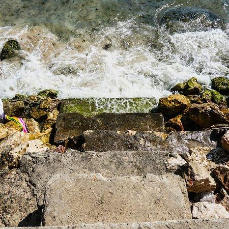 Portmore, Jamaica: hellshire beach - stalls