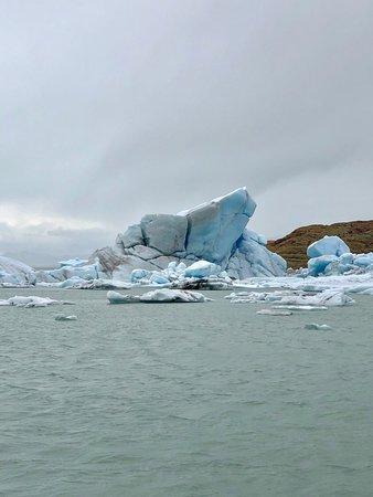 Glaciar Viedma: Desprendimentos de gelo do Glacier Viedma
