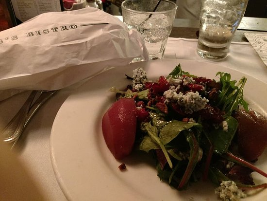 Mr. B's Bistro: Poached pear salad