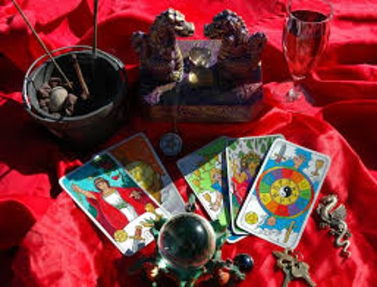 Psychic & Tarot Card Reader