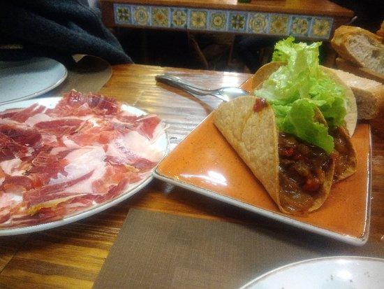 Comida, atención y lugar excelente