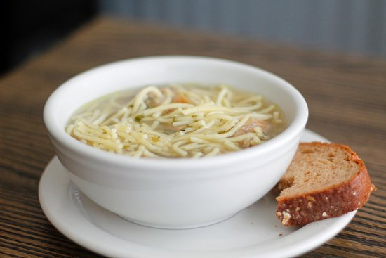 Steinbach, Canadá: Our signature homemade chicken noodle soup, served every day.