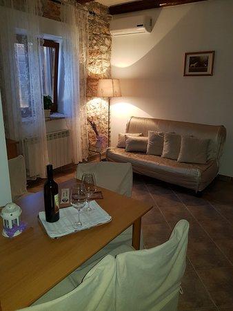 Loborika, Croácia: Apartman prizemlje -2 osobe