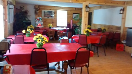 Harcourt, Kanada: Eat in or take it with you on your adventure