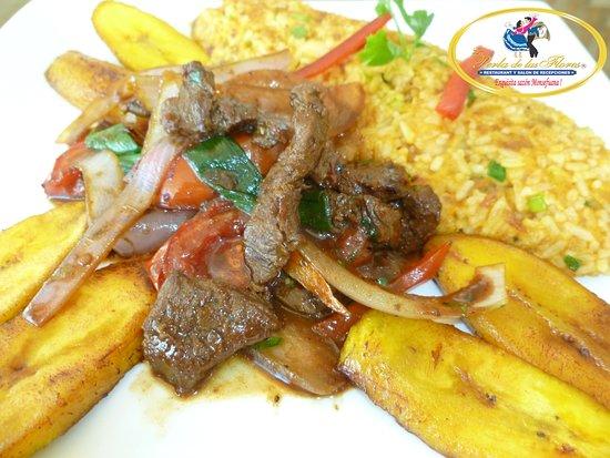 La Perla de las Flores Restaurant: Tacu Tacu con Lomo Saltado