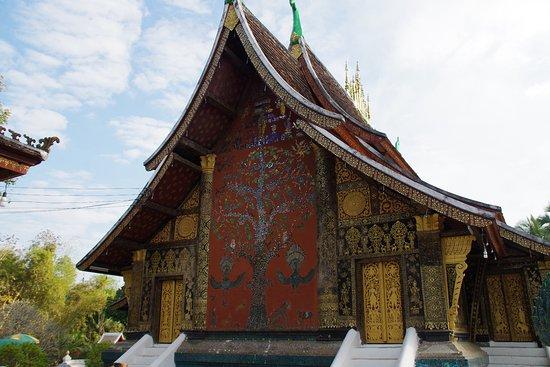 Templo de la Ciudad Dorada (Wat Xieng Thong): albero