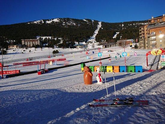 Les Angles Station de Ski: DSC_2282_large.jpg