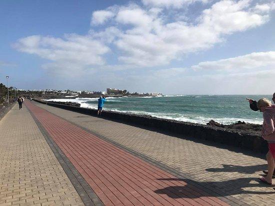 Vitalclass Lanzarote Sport & Wellness Resort: View of sea 10-15 minute walk away from resort