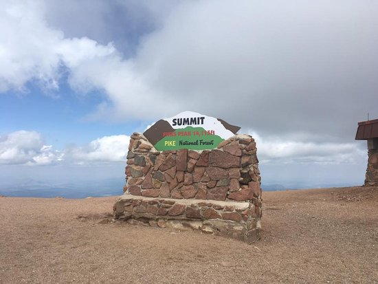 Cascade, CO: Sign at the top