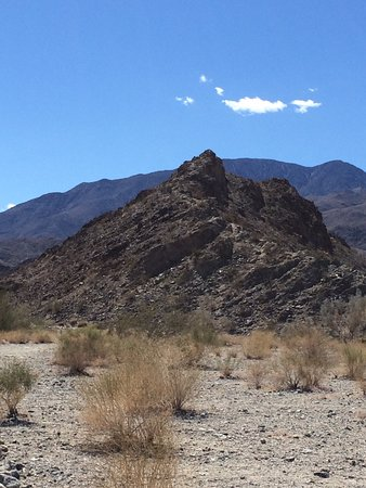 Lake Cahuilla Recreation Area: Rock formations