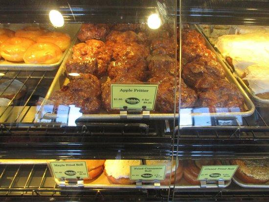 Hinckley, MN: Pastry treats