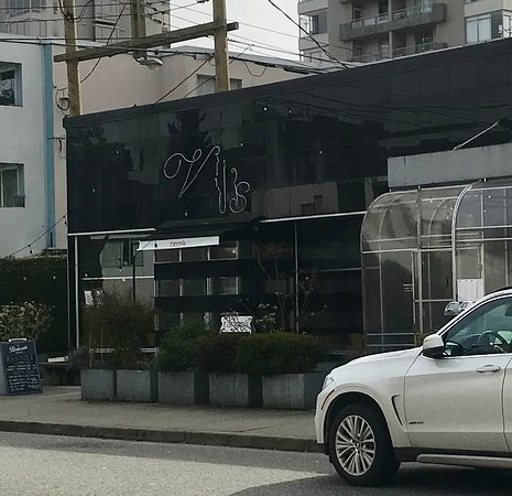 Vij's Rangoli: お店の外