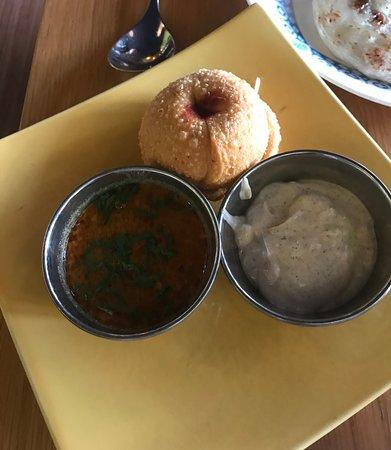 Vij's Rangoli: サモサ このサワークリームが絶品