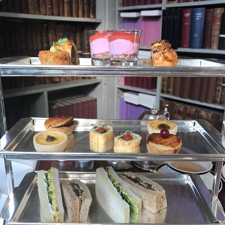 Comfy atmosphere , delicious High tea , and good customer service