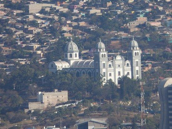 Basilica de Suyapa: The Basilica is visible from Cristo del Picacho