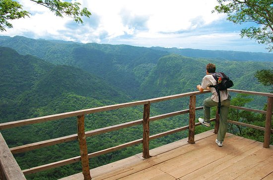 Tour El Imposible National Park ...