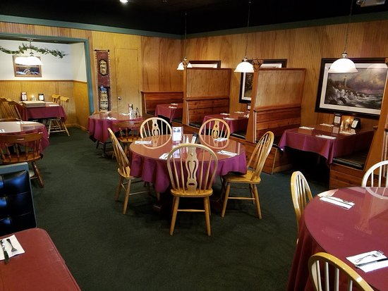 South Dennis, MA: Main dining room. We had a round table in the corner out of photo.