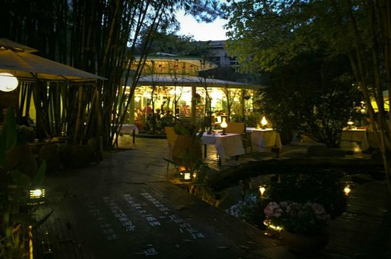 Private Kunming Night Tour with