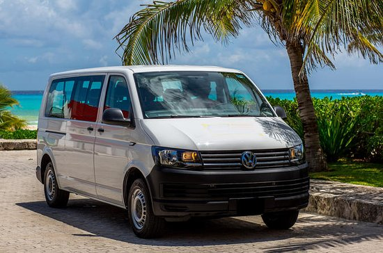 Round-Trip Airport Transfer from Cancun to Playa del Carmen