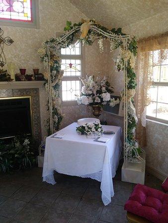 Rock Cottage Gardens Bed & Breakfast Inn: 0307181303_large.jpg
