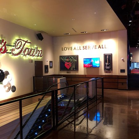 Hard Rock Cafe: photo5.jpg