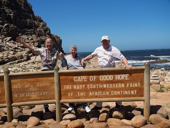 Cape Convoy: Tommo Sue Les at Cape Point