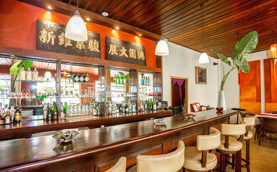 Where to Eat in Luang Prabang: The Best Restaurants and Bars
