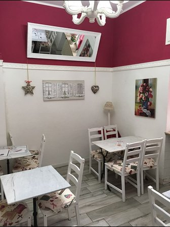 Besnate, Itália: Colazione, pranzo, aperitivo e..cena! Perché No?