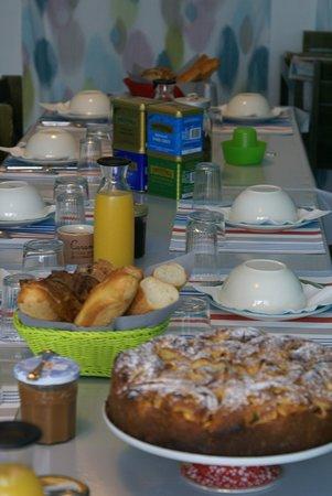 Creances, Prancis: Nos petit-déjeuner maison