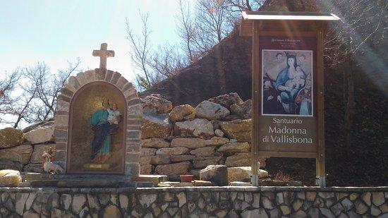 Santuario della Madonna di Vallisbona