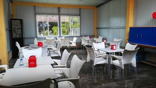 Gran salón comedor - El Chiringuito en Salinas (Alicante) - Bild von ...