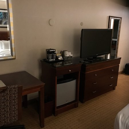 DoubleTree by Hilton Bakersfield: photo2.jpg