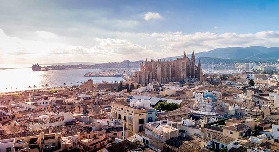 Aerial view of the twon and the Palma port - Sant Francesc Hotel Singular -  Palma de Mallorca: fotografía de Sant Francesc Hotel Singular, Palma de  Mallorca - Tripadvisor