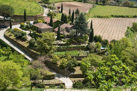 Baiao, โปรตุเกส: The heart of Covela - the winery, the kitchens and terraces overlooking the vineyards.