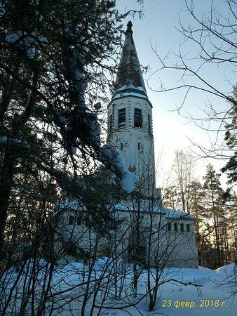 Lumivaara, Rússia: Кирха