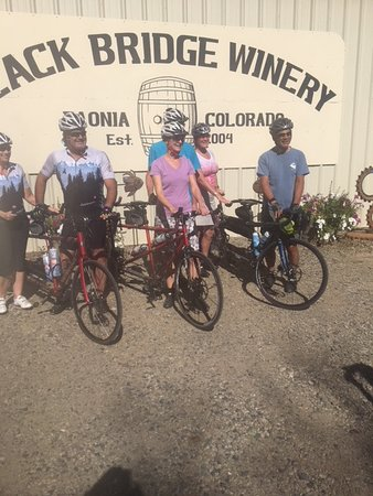 Paonia, CO: Enoy an easy ride from town to our winery.